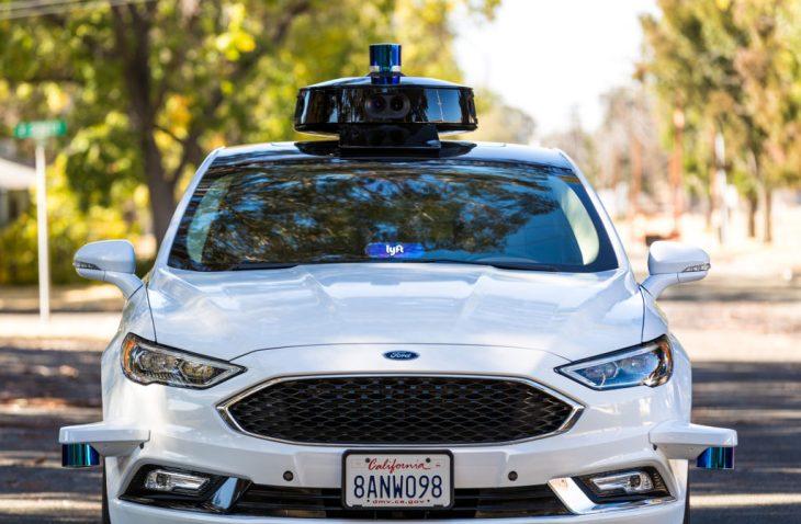 Lyft opens to the public autonomous driving data set from