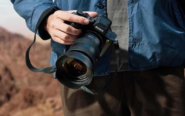 Новая камера Sony A7R IV — полноразмерный беззеркальный зверь 61 Мп
