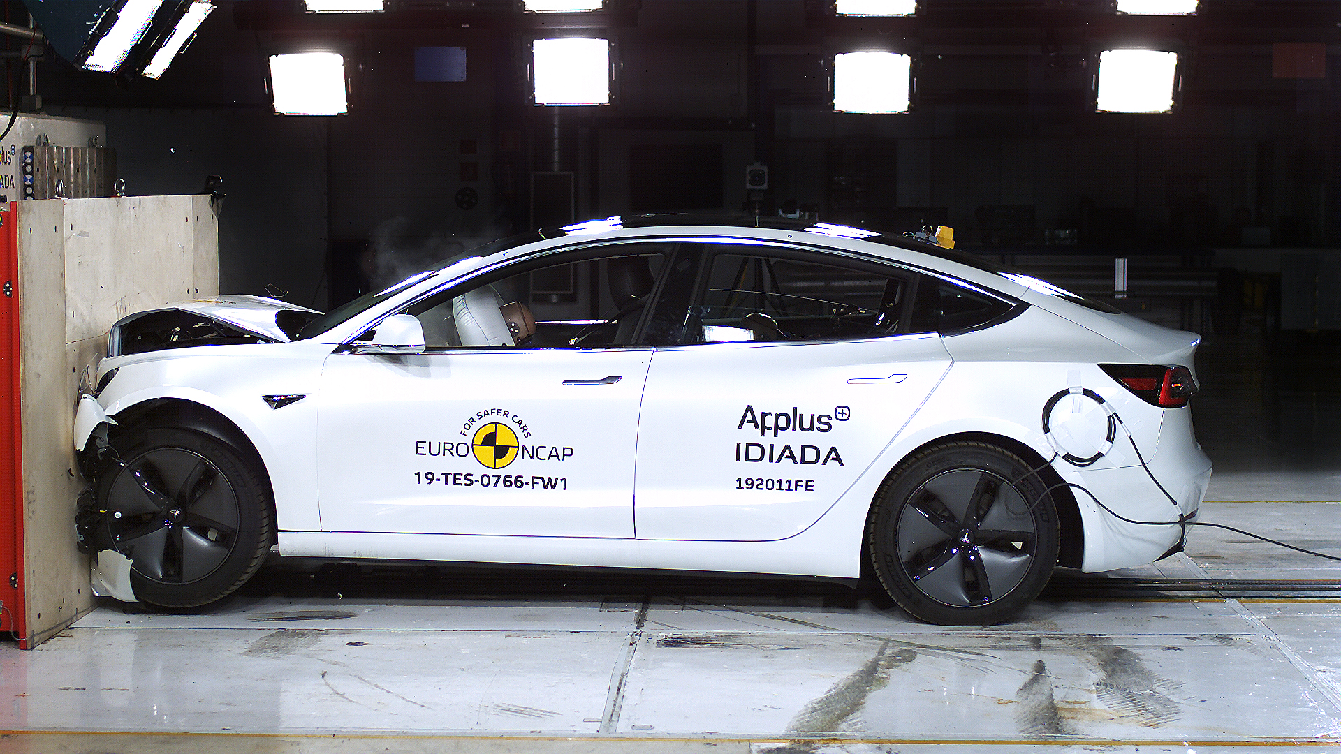 Watch How Tesla Model 3 Earned Its 5 Star Safety Rating From Euro Ncap Techcrunch