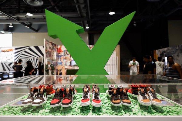 Techmeme: Data breach seller says sneaker marketplace StockX