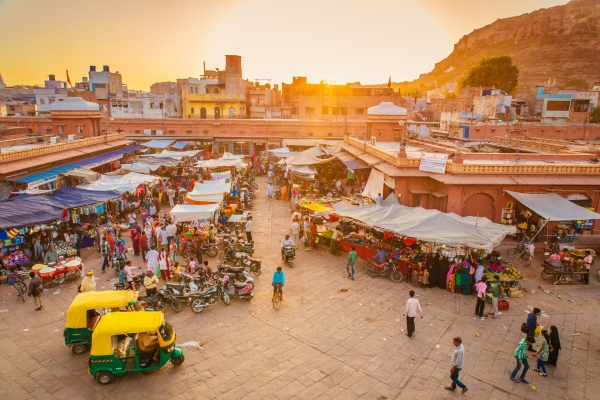 Comment on India's Meesho raises $125M to expand its social commerce business by Manish Lamba