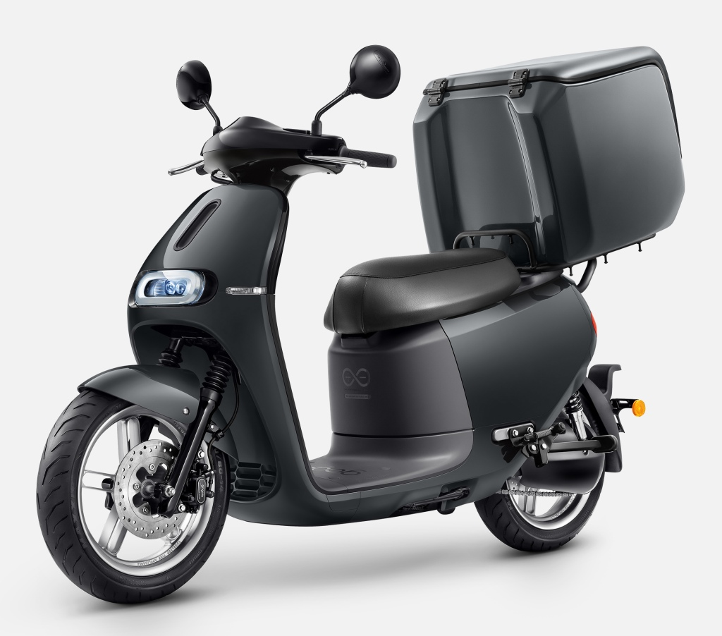 Gogoro launches its electric scooters for businesses in South Korea