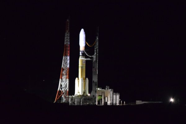 Watch Japan's Aerospace Exploration Agency launch supplies to the International Space Station live