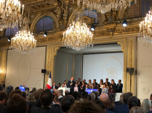 Macron announces €5 billion late-stage investment pledge  from institutional investors – TechCrunch