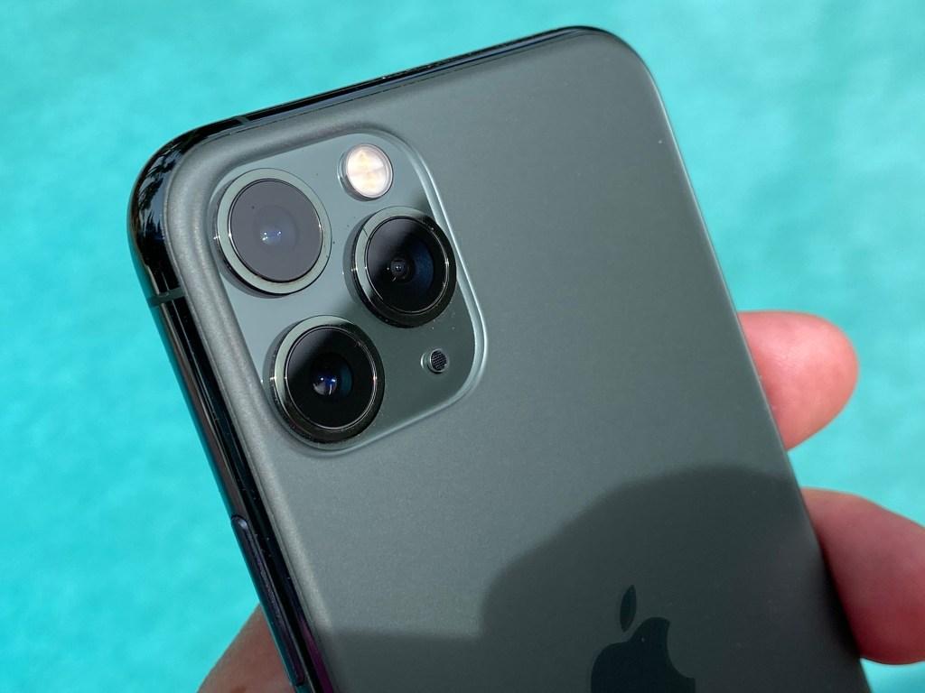 IPhone 11 Pro teardown reveals smaller logic board, larger battery