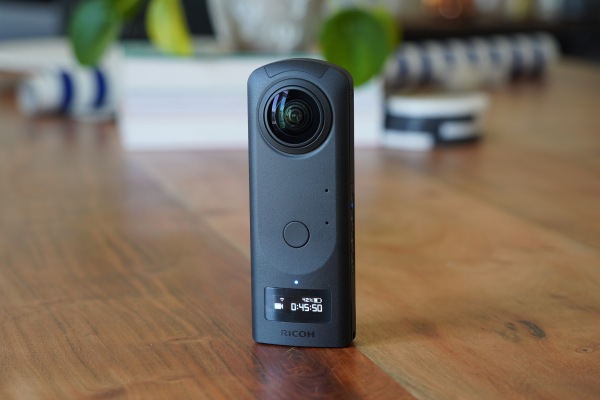 Ricoh's Theta Z1 is the first truly premium consumer 360 camera – TechCrunch