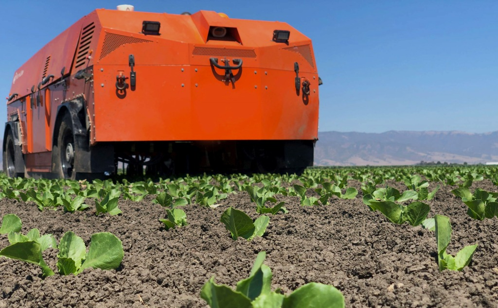 FarmWise and its weed-pulling agribot harvest $14.5M in funding