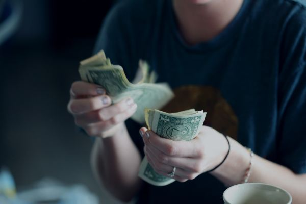 Sendmi lets you allocate part of your paycheck for remittance