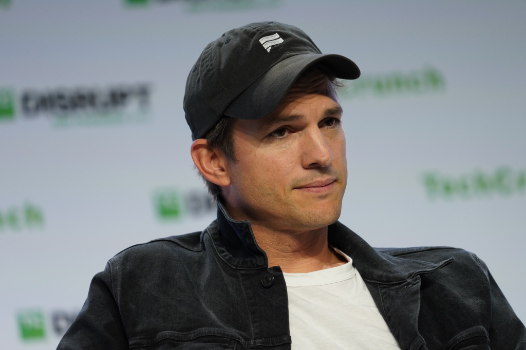 Ashton kutcher facebook investment price cyfs act section 48 investment