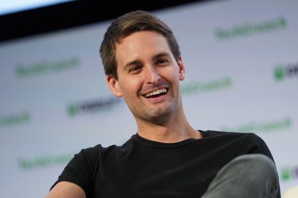 Snap surges on earnings revenue beat and Q1 user gains – TechCrunch