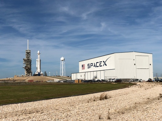 """Elon Musk says that NASA is free to share all SpaceX IP with """"anyone it wants"""""""