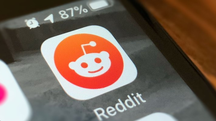 Reddit partners and integrates with mental health service Crisis Text Line