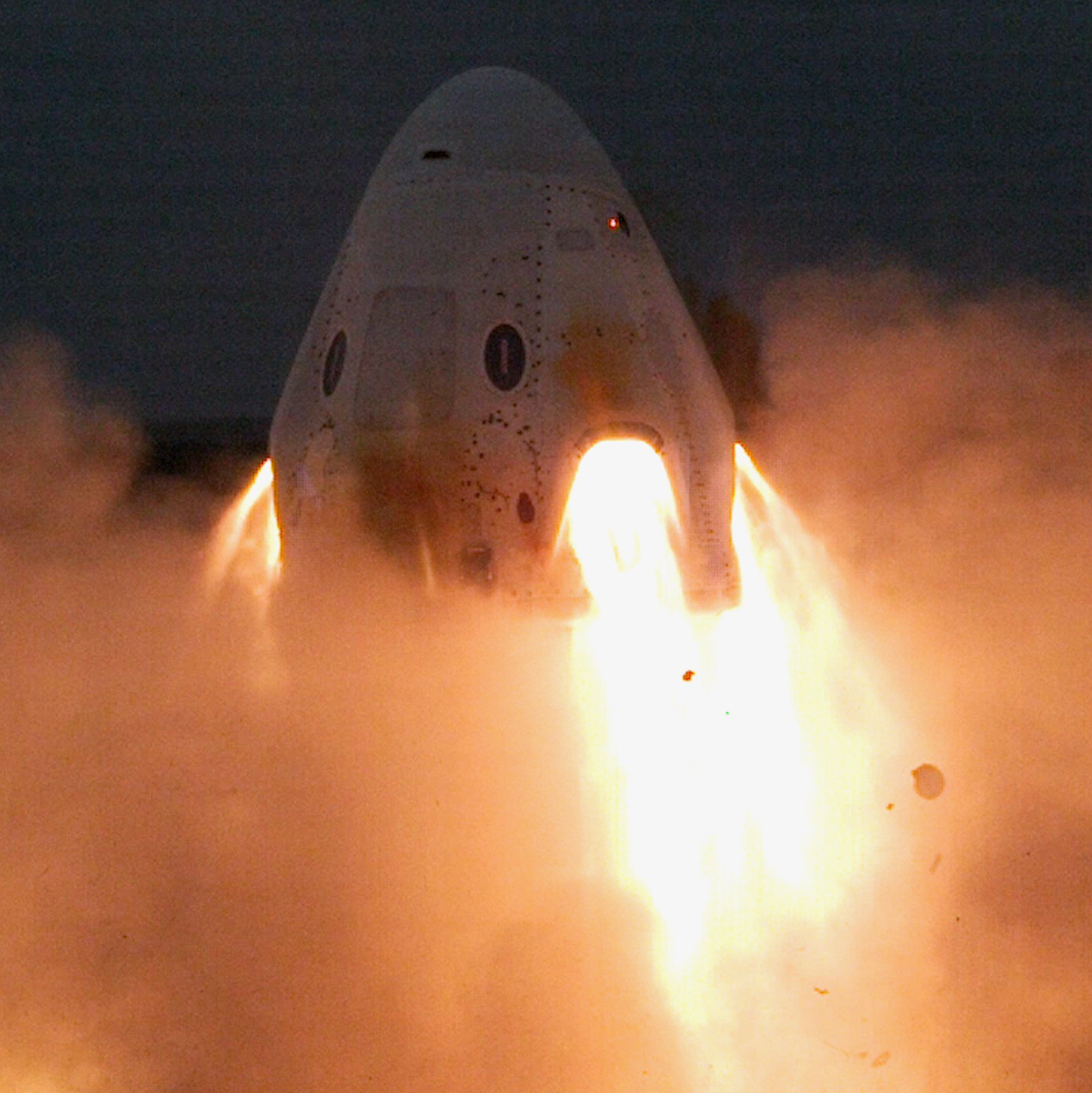 SpaceX Completes Crew Dragon Static Fire Engine Tests