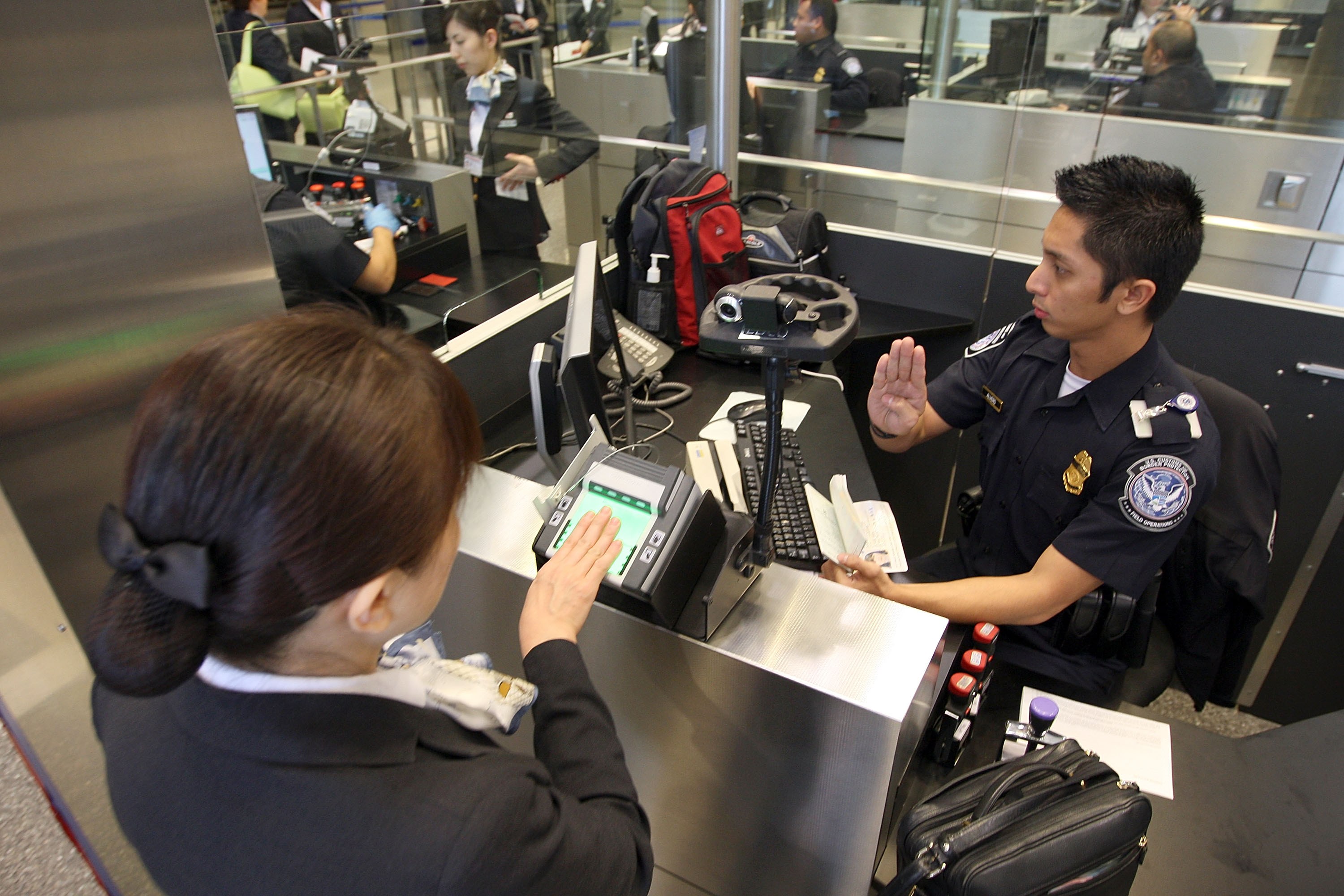 U.S. judge rules suspicionless searches of travelers' electronic devices unconstitutional