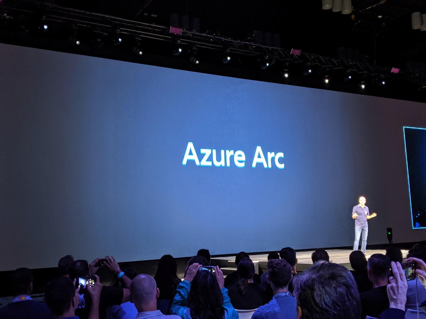 خدمة Azure Arc