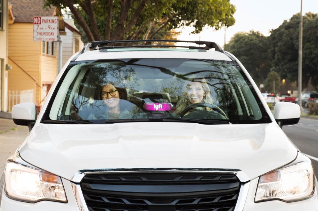 Lyft deploys 200 long-range EVs for its rideshare rental fleet in Colorado