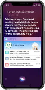 Hey Siri halimbawa sa Salesforce Mobile app.