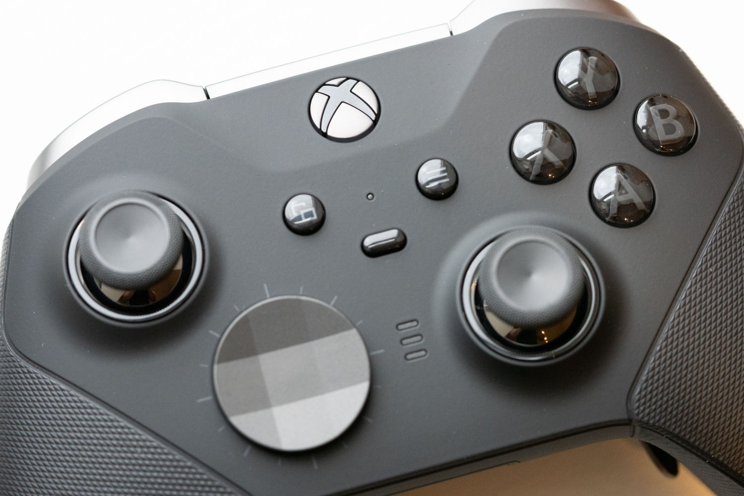 The Xbox Elite Wireless Controller Series 2 Is A Truly Great Game