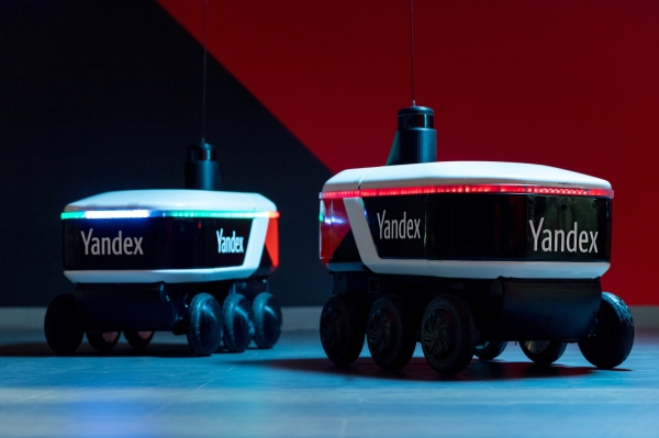 Yandex is now testing a self-driving sidewalk cargo delivery robot – TechCrunch