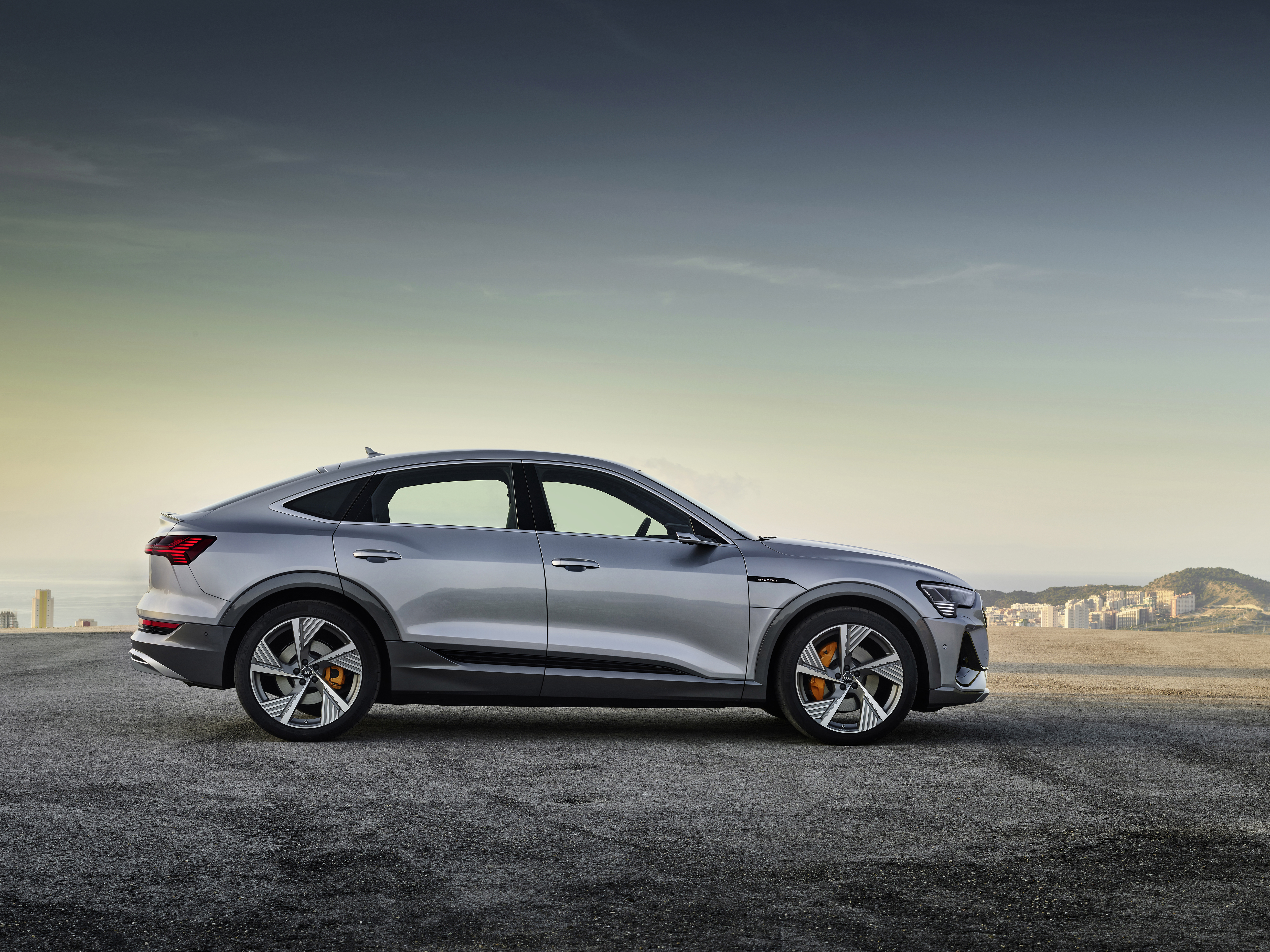 Audi S Next All Electric Vehicle The E Tron Sportback Is A Coupe Suv Techcrunch