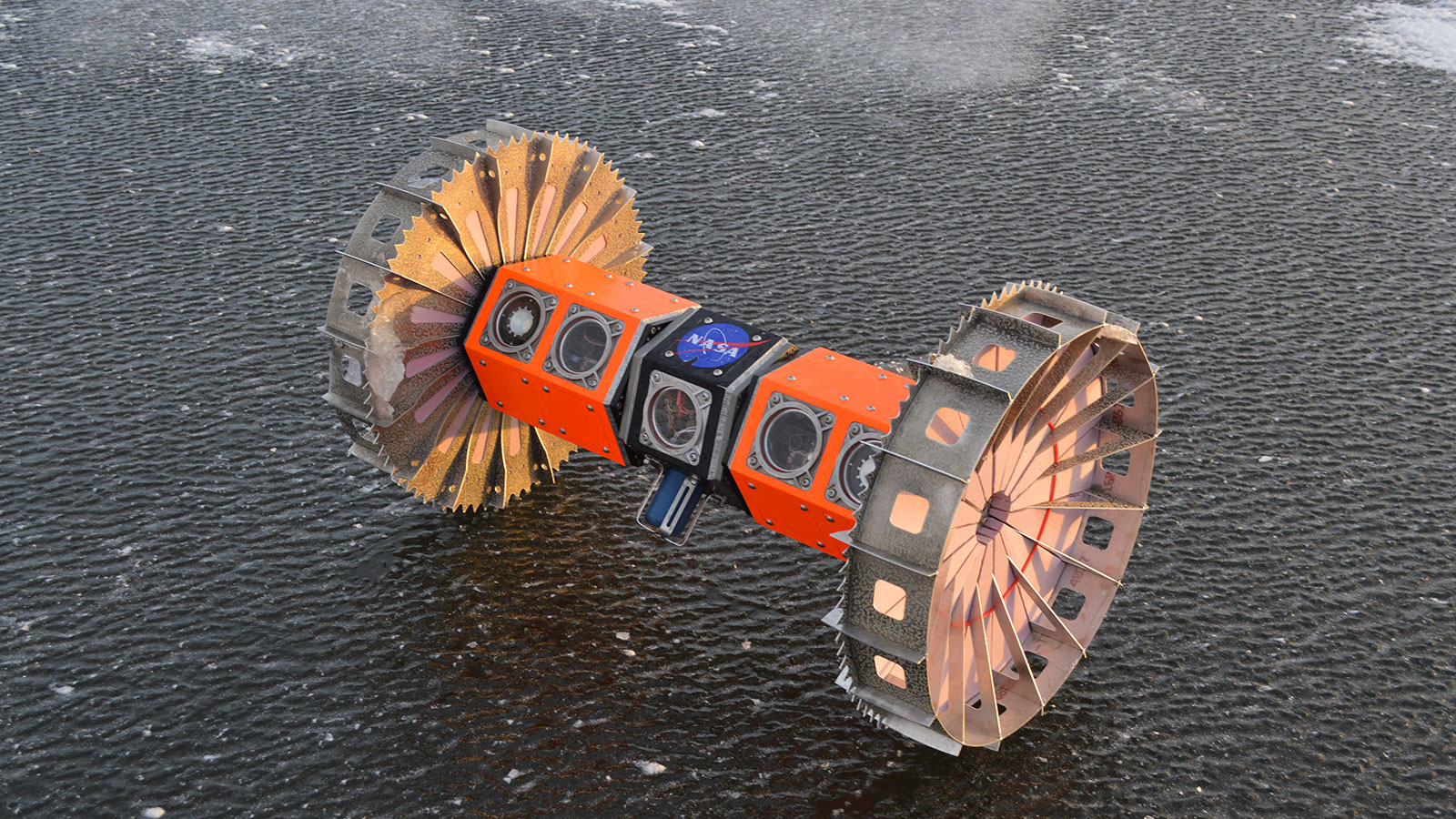 Antarctic tests will prepare this rover for a possible trip to an icy ocean moon