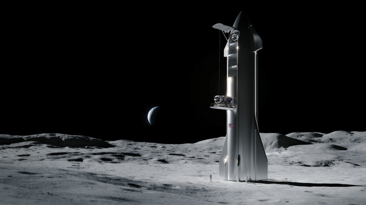 SpaceX wins moon lander contract