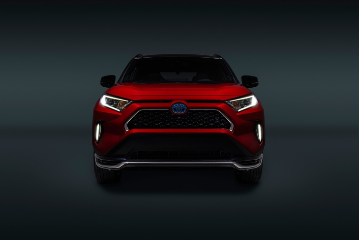 Toyota S First Plug In Hybrid Rav4 Piles On The Power And