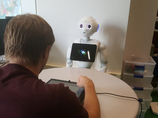 CMU finds that even bad robot trash talk can throw you off your game