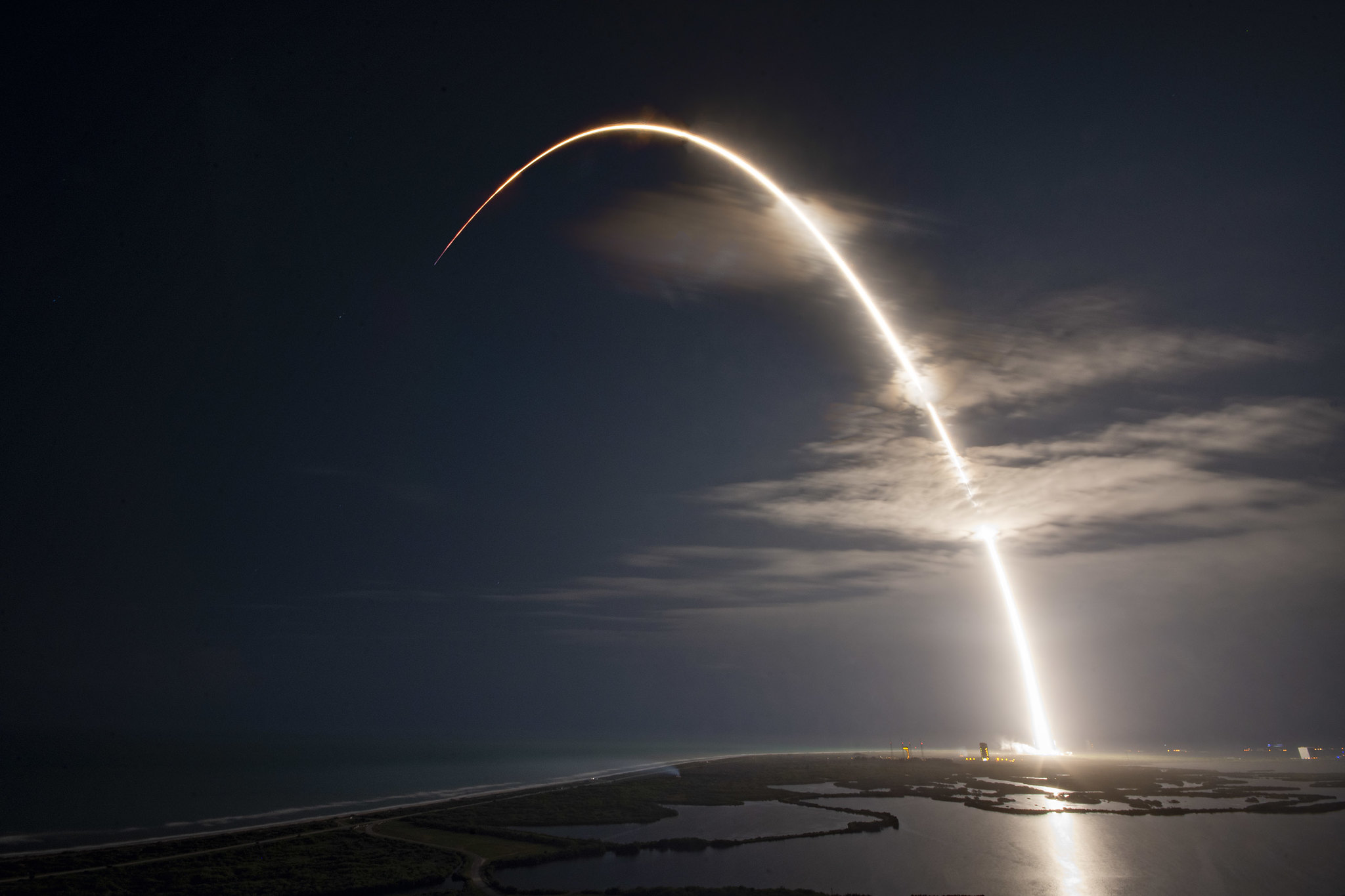 Max Q Launches From Spacex Boeing And The Esa Techcrunch