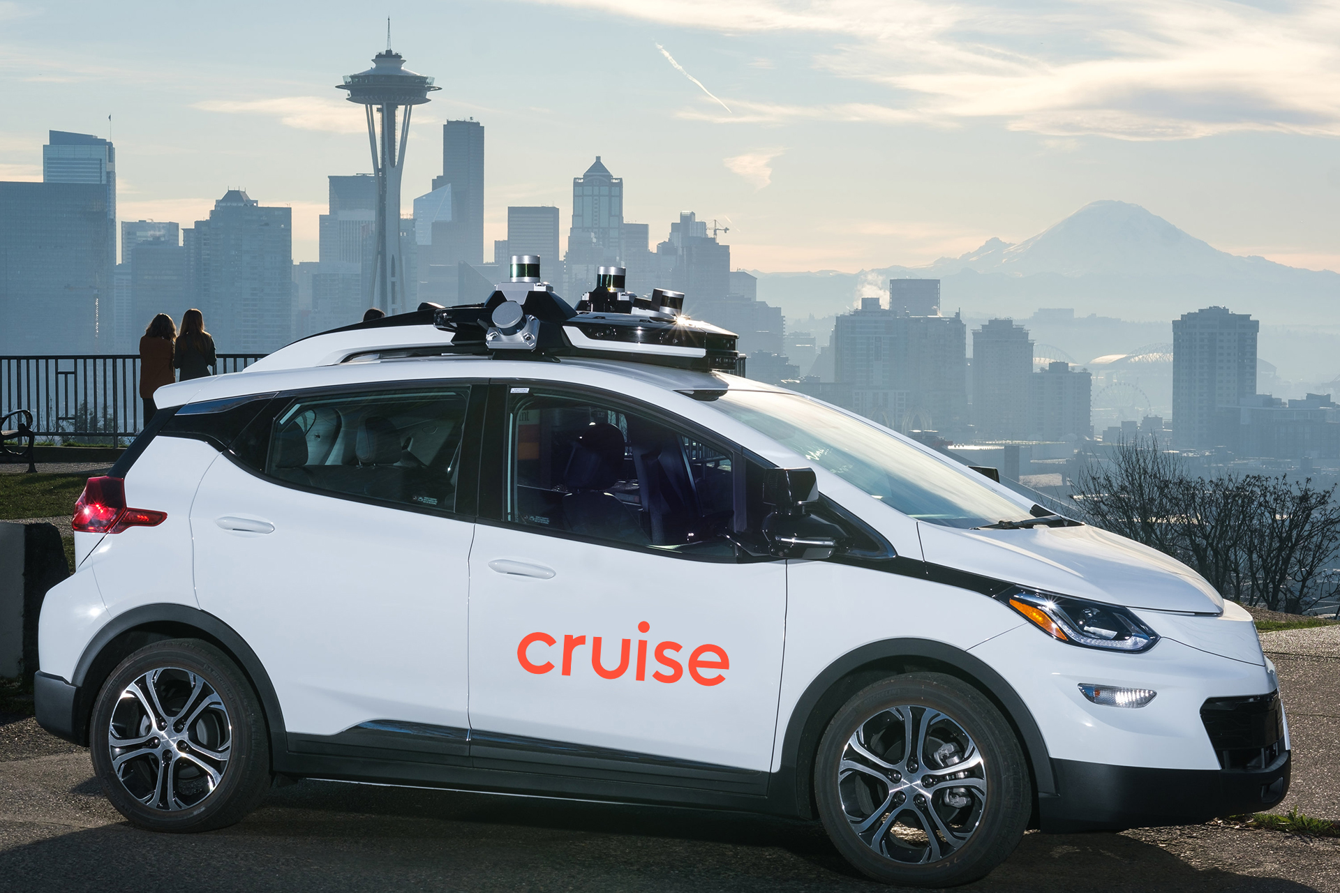 Microsoft teams up with GM-backed self-driving technology startup Cruise