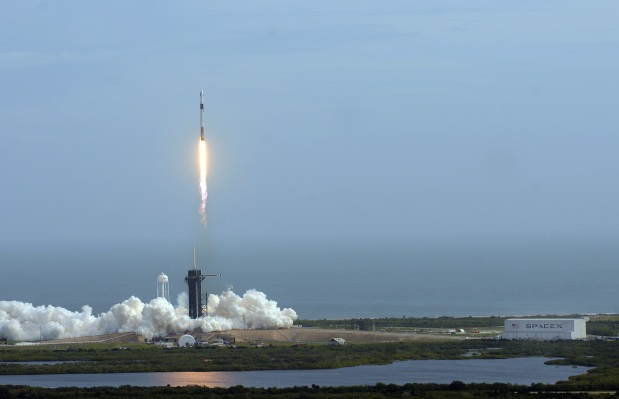 Max Q: SpaceX succeeds with a spectacular Crew Dragon test launch - TechCrunch
