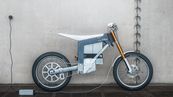 Cake brings a Swedish take on e-motorcycle design to the U.S. thumbnail