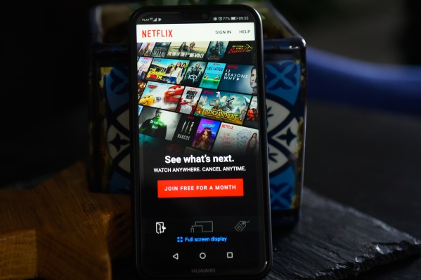 Netflix begins streaming in AV1 on Android thumbnail