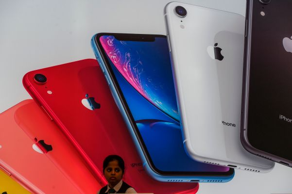 Apple to begin online sales in India this year, open first retail store in 2021 - techcrunch