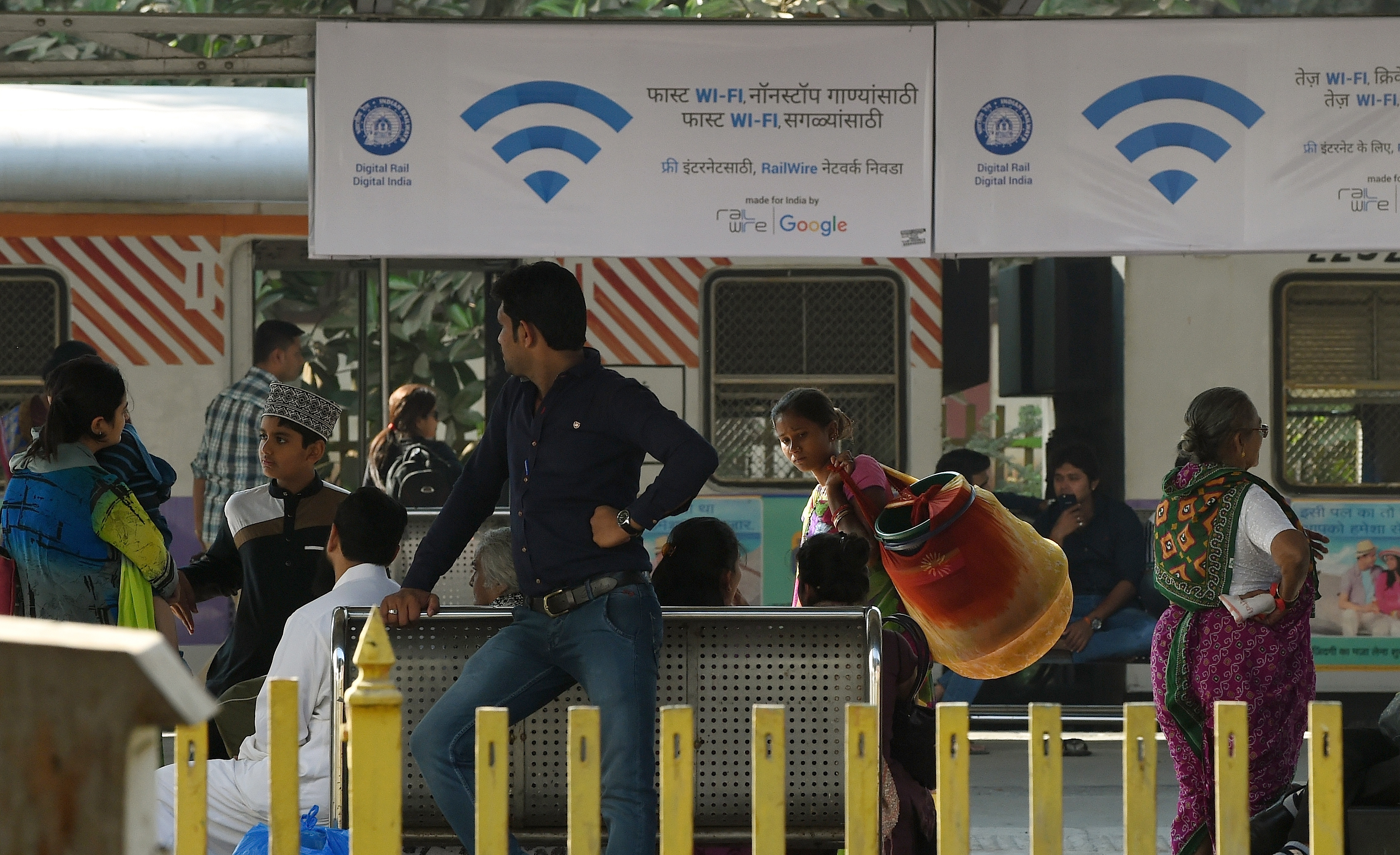Google's free public WiFi Station to shut down this year