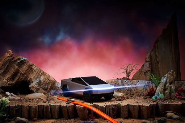 Hot Wheels made two remote-controlled Tesla Cybertruck toys - TechCrunch