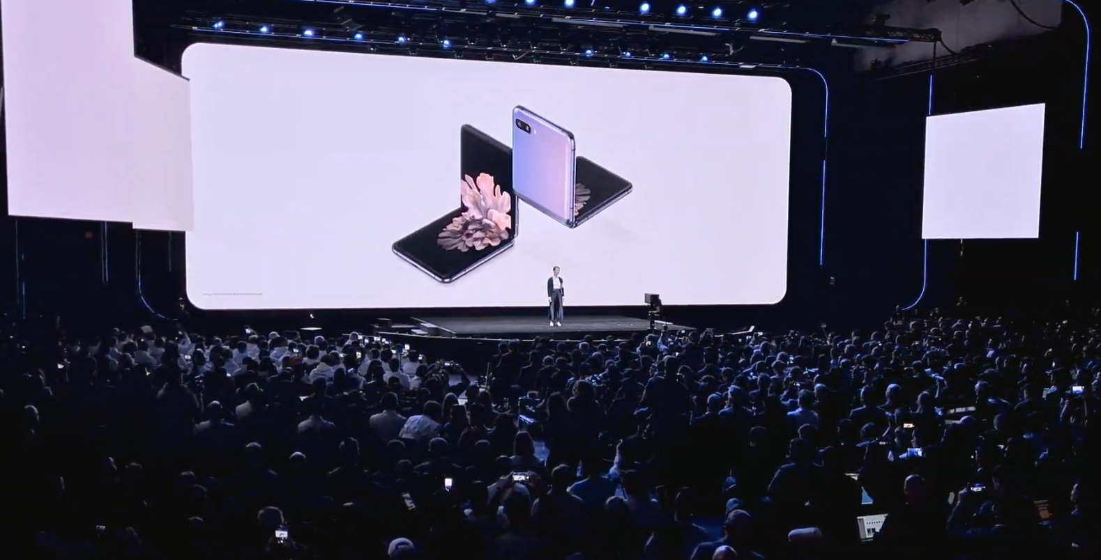 Samsung da otra oportunidad a los plegables con el Galaxy Z Flip - TechCrunch 2