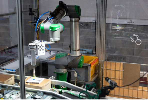 Nomagic, a startup out of Poland, picks up $8.6M for its pick-and-place warehouse robots thumbnail