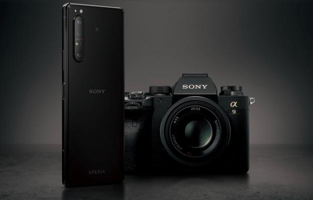 Sony announces its first 5G flagship, the triple lens Xperia 1 II - TechCrunch