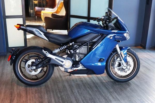 Zero Motorcycles unveils new SR/S — a full-fairing 124-mph sport EV - TechCrunch