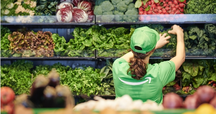 Daily Crunch: Amazon opens its first cashier-less grocery store thumbnail