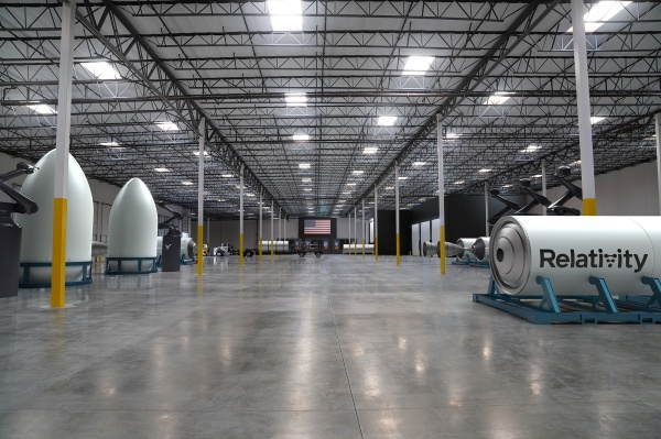 Relativity Space expande sus operaciones de impresión de cohetes en una enorme nueva sede de Long Beach - TechCrunch 49