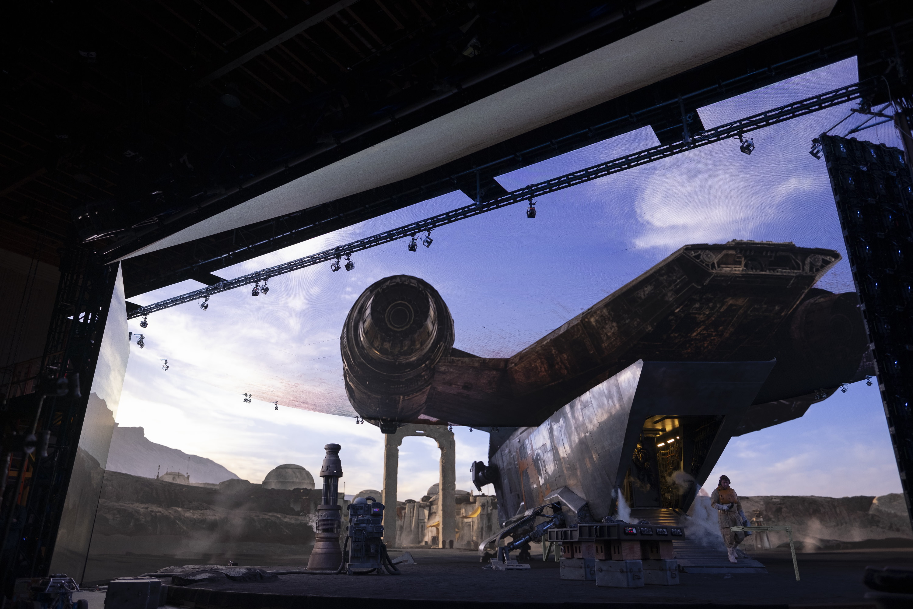 How 'The Mandalorian' and ILM invisibly reinvented film and TV production |  TechCrunch