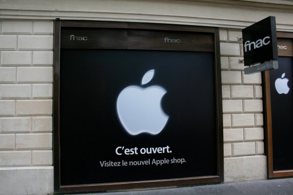 Apple fined record $1.2B in France over anti-competitive sales practices