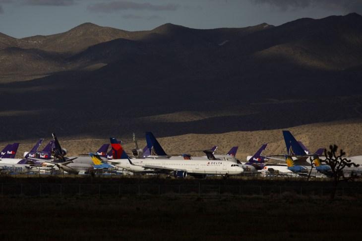 Delta To Park Half Of Fleet On $2 Billion Sales Drop