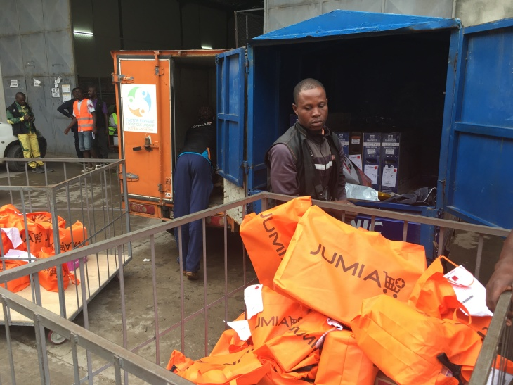 Preparation of deliveries in Abidjan (Ivory Coast).