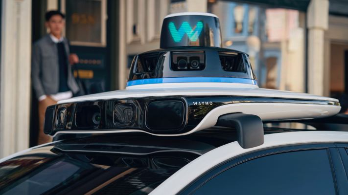 Waymo, Volvo partner to develop electric robotaxis thumbnail