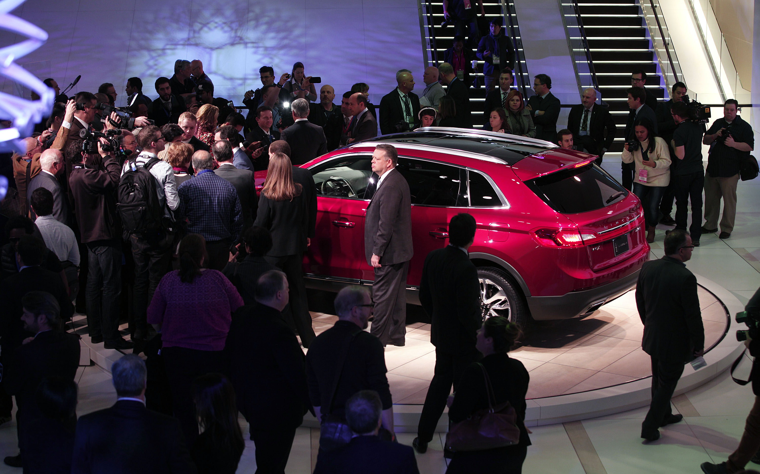 Detroit Auto Show Canceled as Venue Becomes Field Hospital