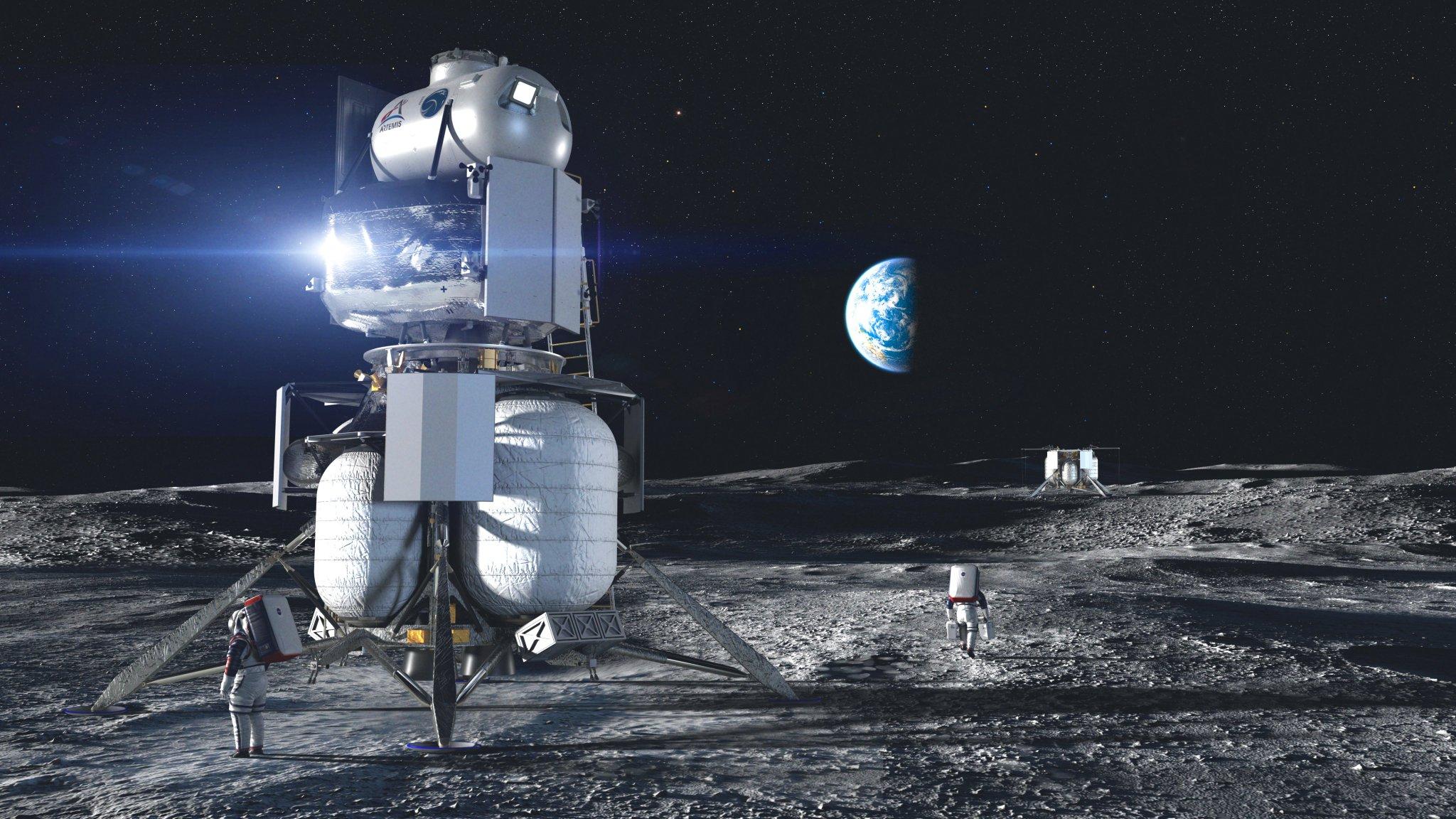NASA picks Alabama's Dynetics for Moon lander prototype