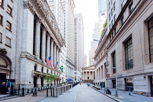 Daily Crunch: NYSE won't delist Chinese telcos